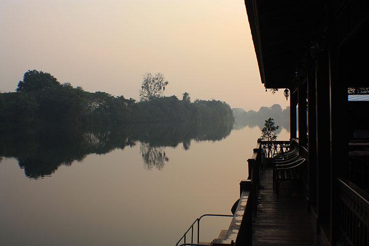 2015_thailand_kanchanaburi_river_kwai