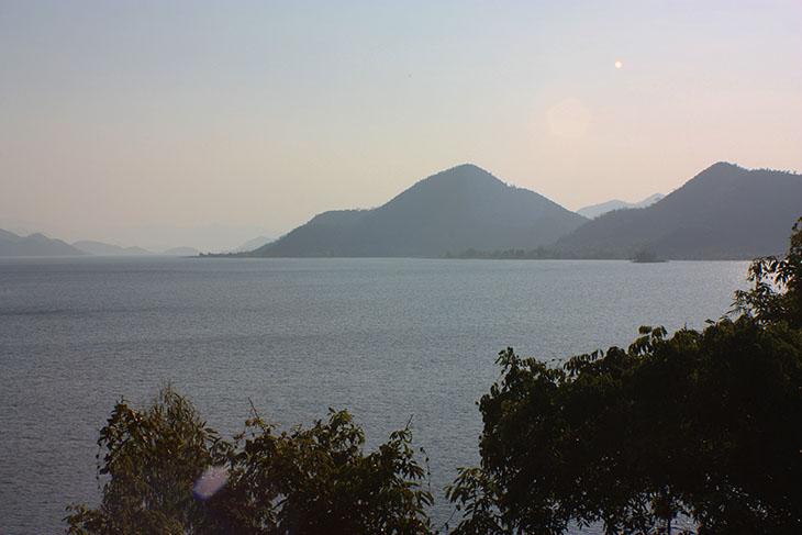 2015_thailand_pranburi_reservoir