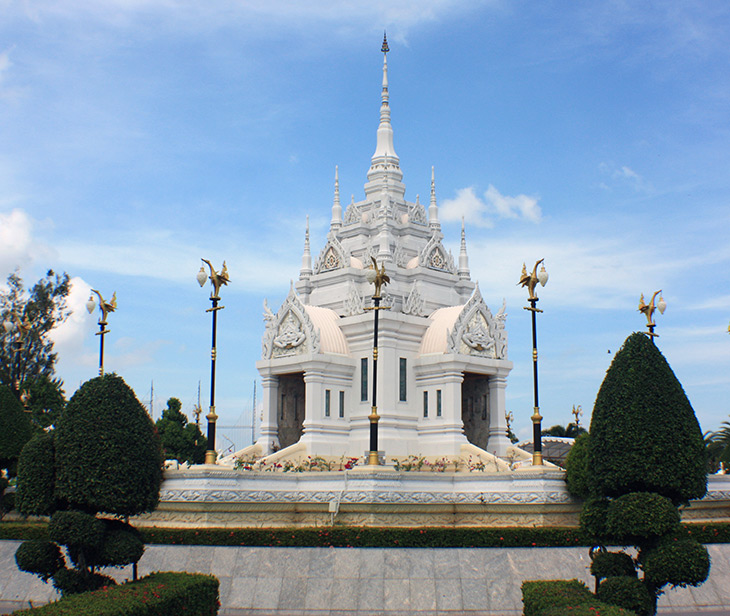 thailand_surat_thani_city_shrine
