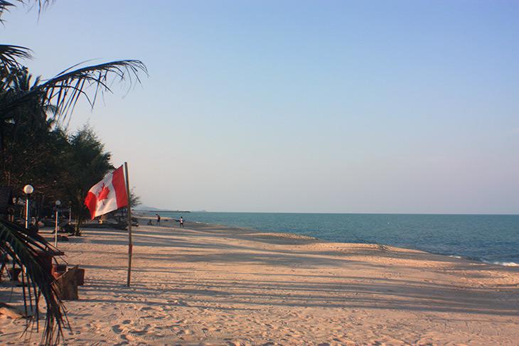 thailand beach walk sichon
