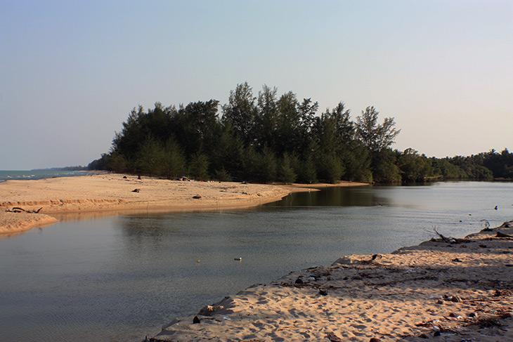 thailand tapar beach sichon