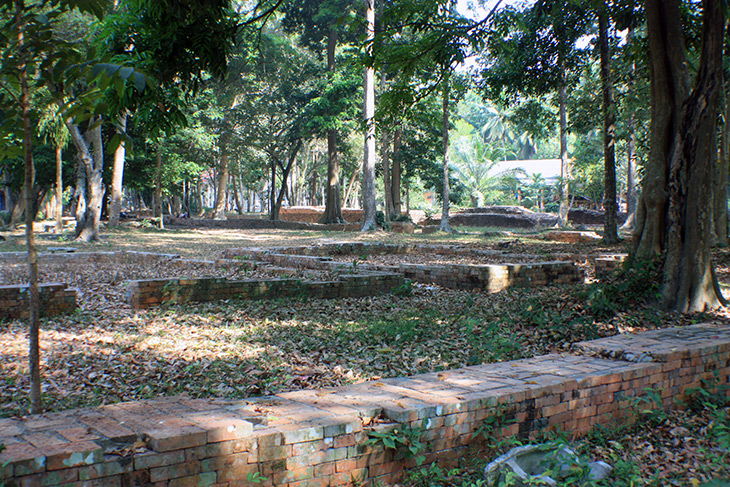 Thailand Wat Mokhlan Archaeological Site