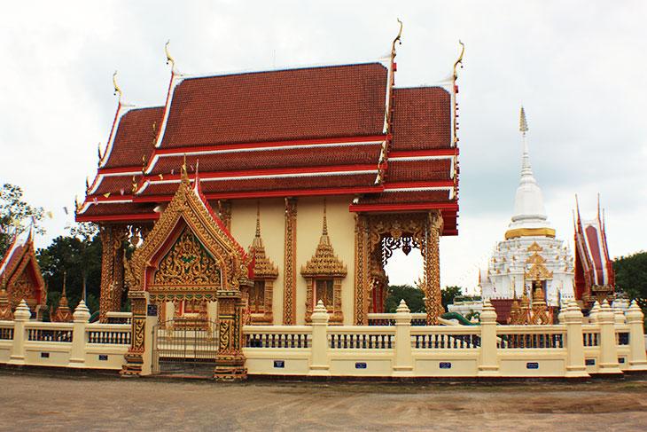 Thailand, Surat Thani, Wat Nai Prap rat Pracha Tham