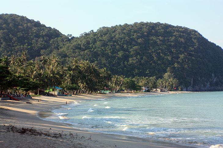thong nian beach, khanom, thailand