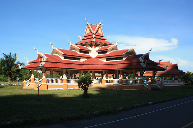Thailand, Surat Thani Province, Wat Khao Phra Nim